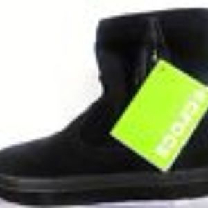 CROC'S BLACK LODGE POINT SUEDE PULL-ON BOOTS 11/42